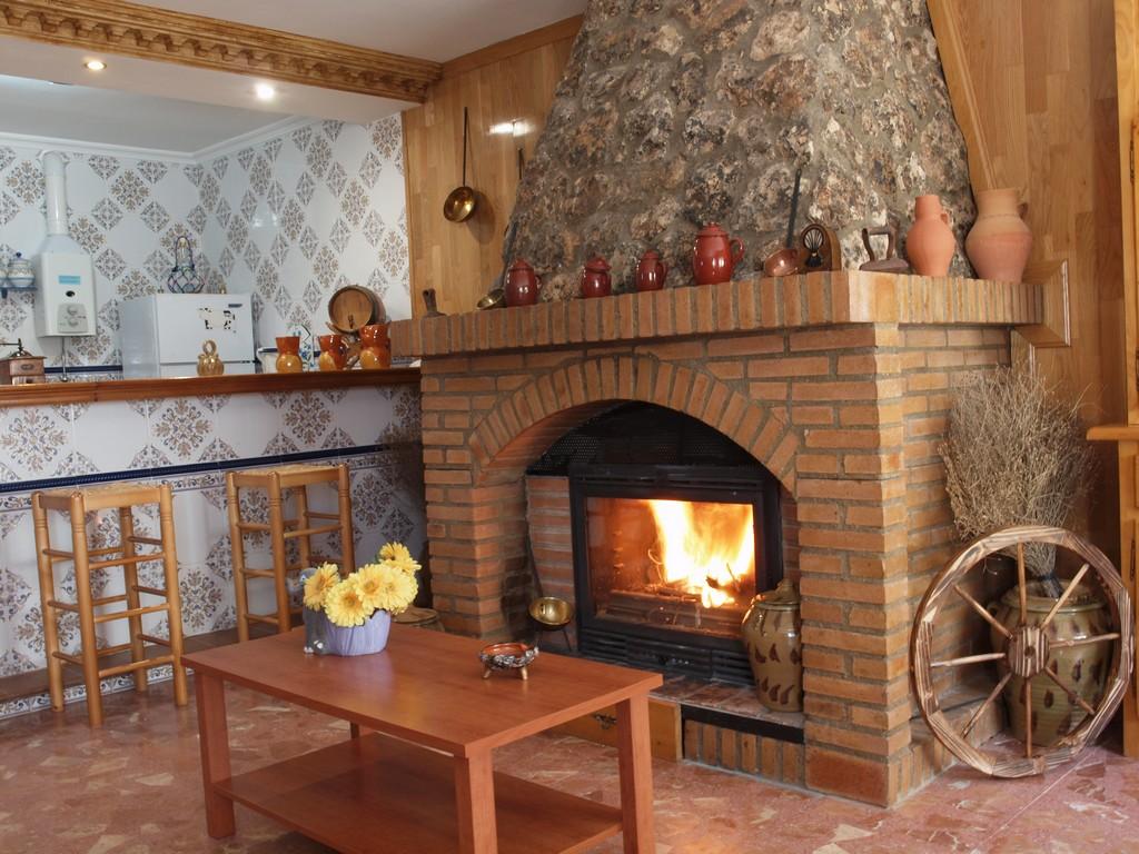 Fotos casa rural casa rural balcon de san roque - Diseno de chimeneas para casas ...